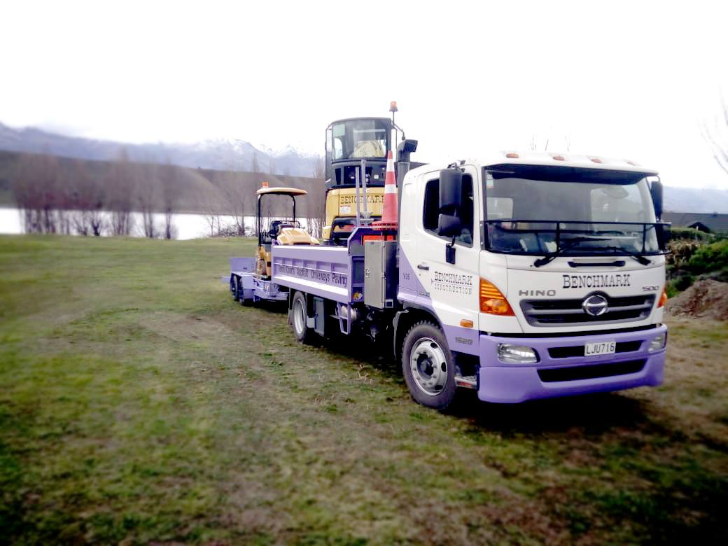Benchmark Construction - 500 Series 2x4 Tipper