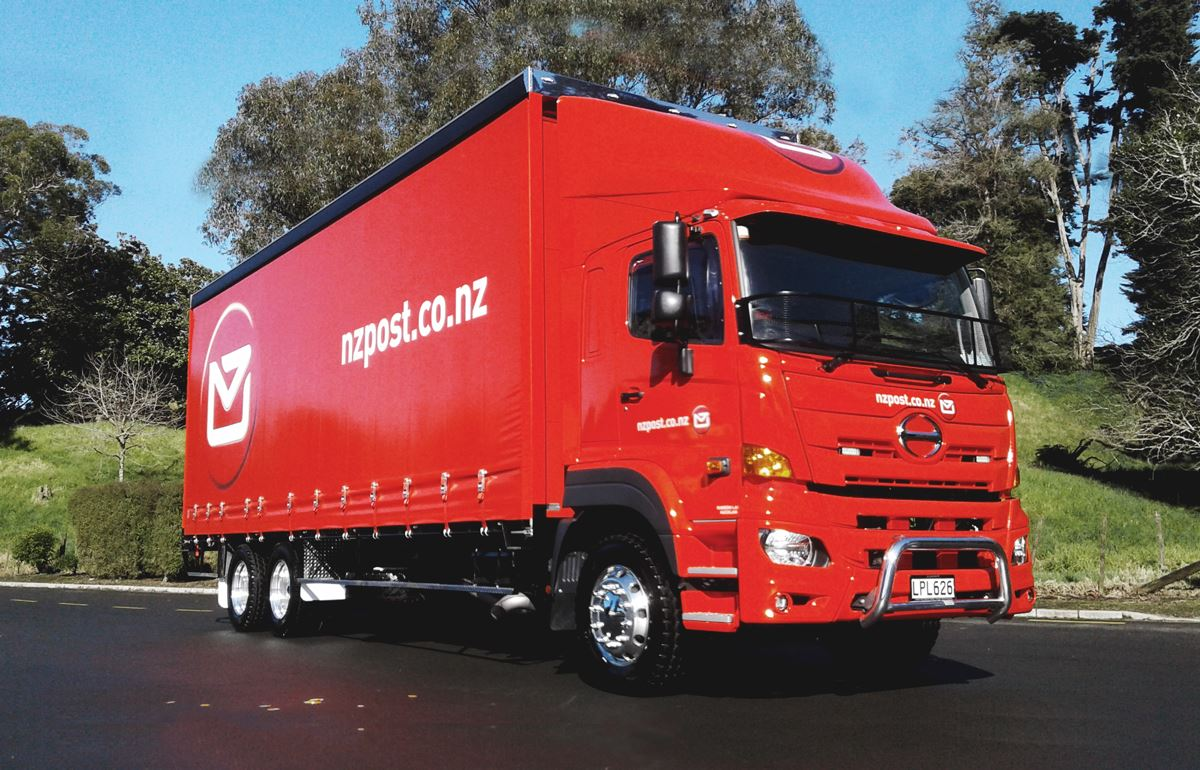 Lal's Transport (for NZ Post)- 500 Series 6x2 9-Speed Air
