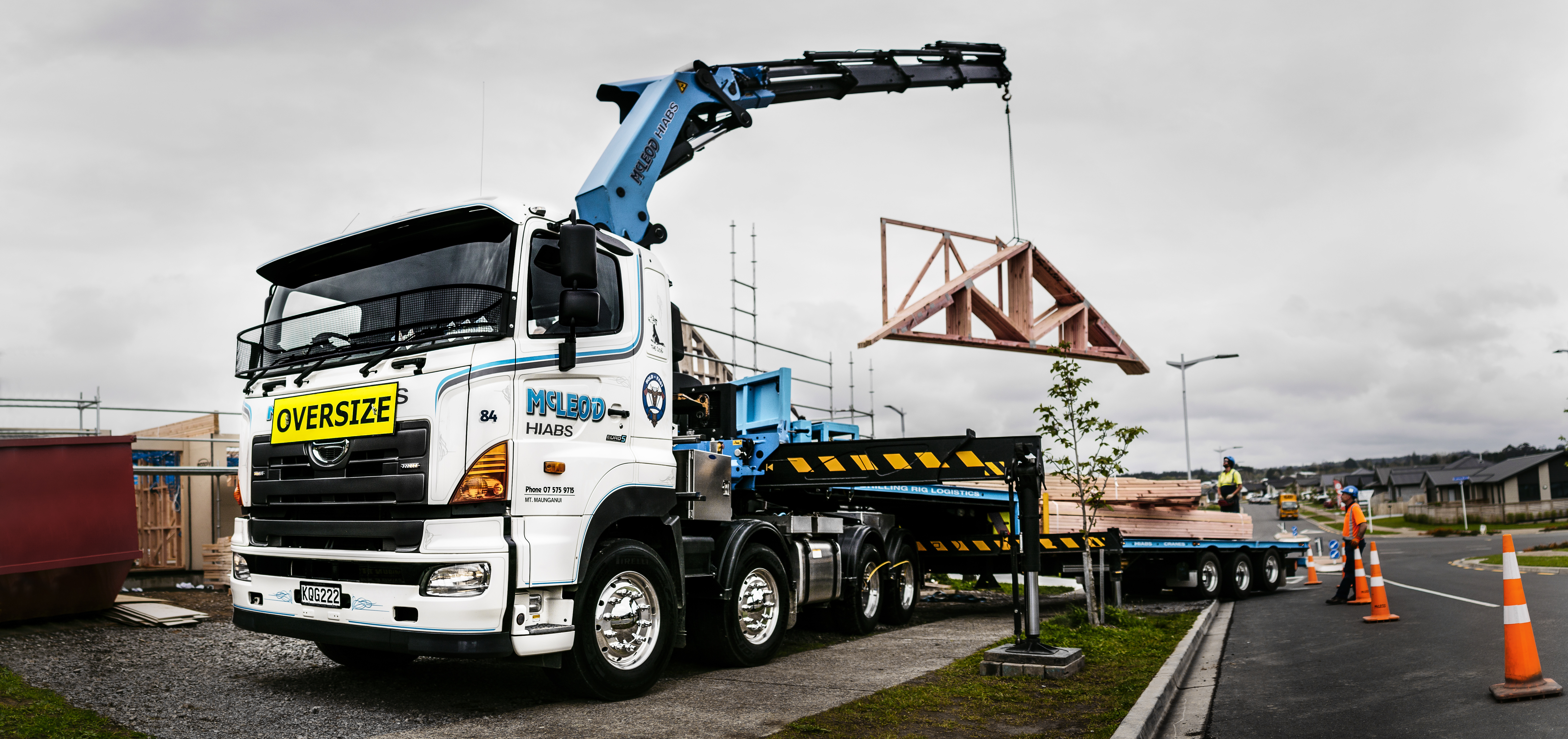 McLeod Cranes and Hiabs - 700 Series FY with Central Tyre Inflation - Palfinger
