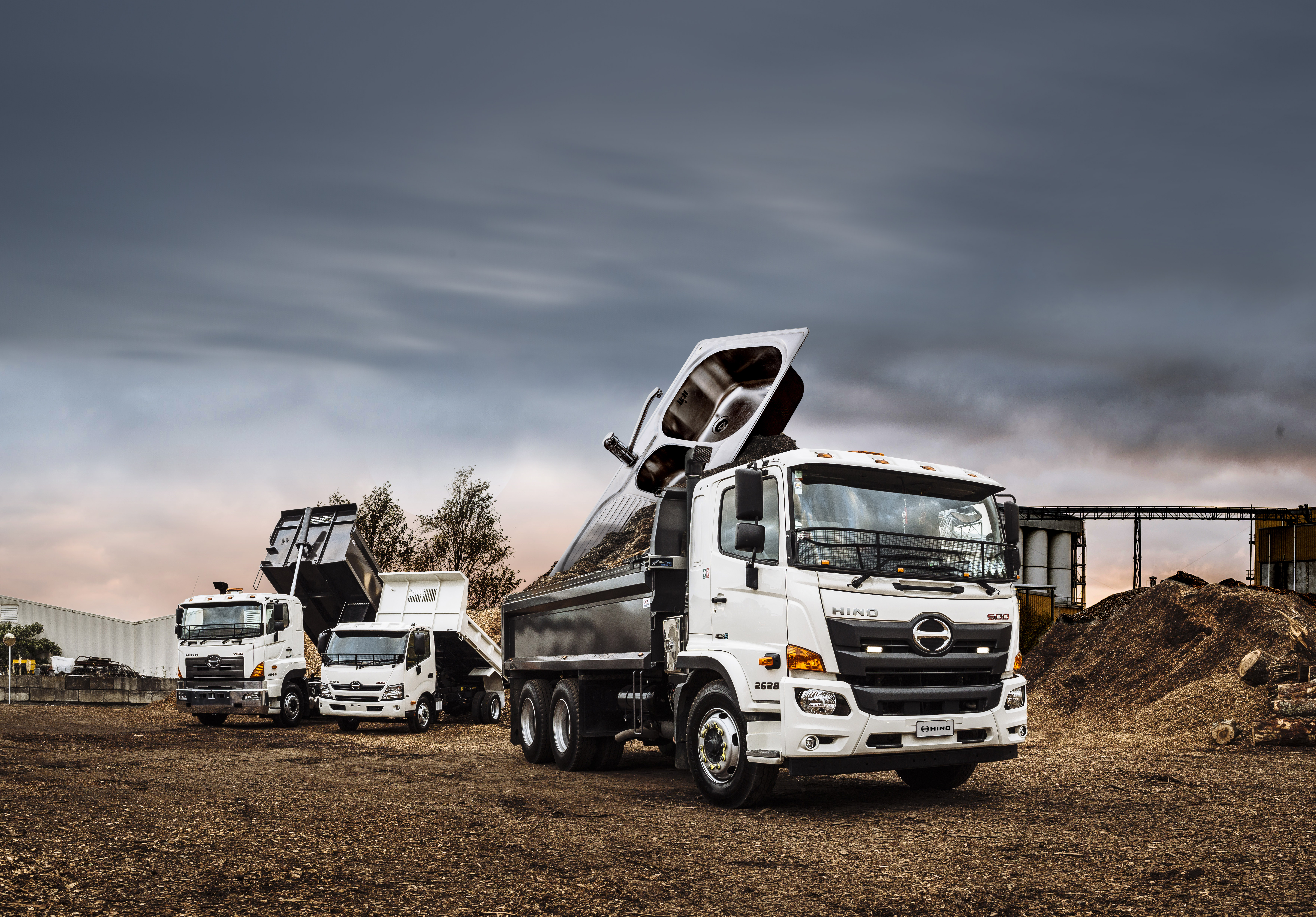500 Series Tipper comes with everything including the Kitchen Sink!