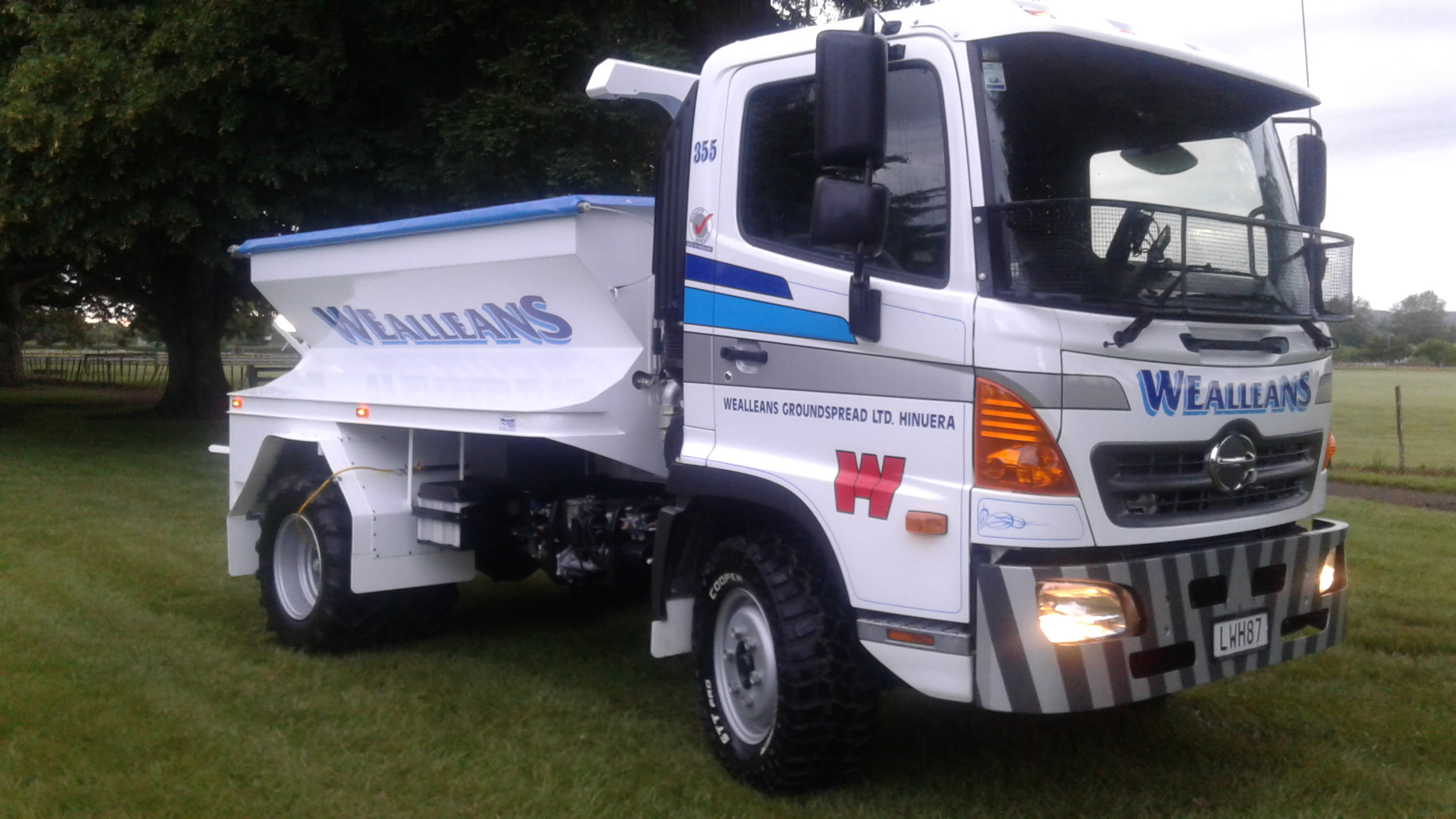 Wealleans Group - 500 Series Spreader with Central Tyre Inflation System