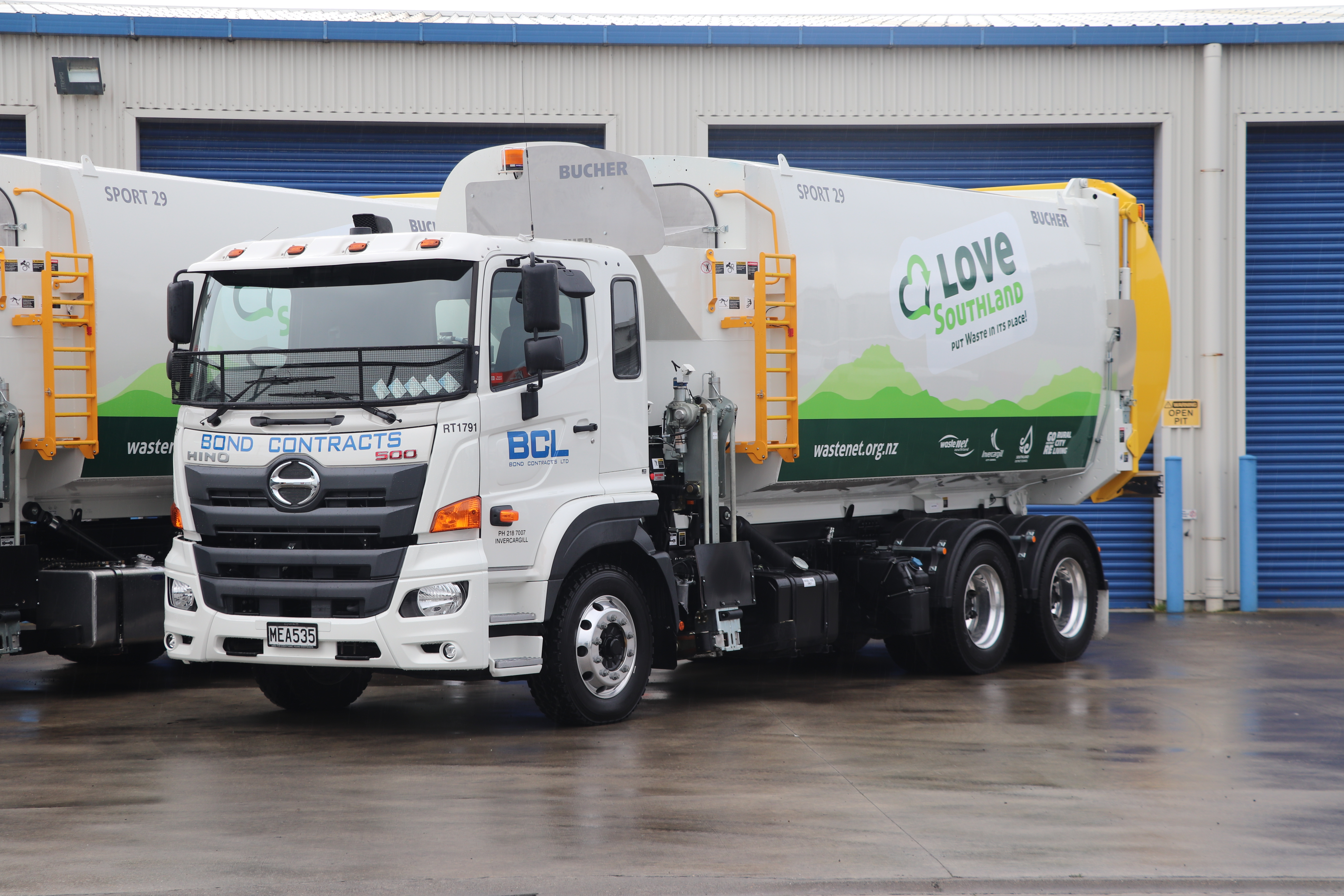 Bond Contracts Ltd - 500 Series Wide Cab - Refuse
